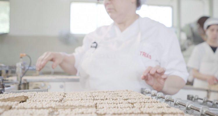 Seguim fent les galetes com abans, les de tota la vida